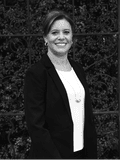 Estela Ruiz, Bells Real Estate - Sunshine