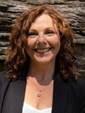 Pauline Rhodes, North East Real Estate - Wangaratta