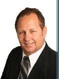 Steve Turner, Platinum Properties Sunshine Coast - WARANA