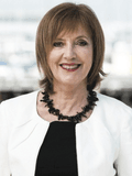 Julie Standen, Compton Green - WILLIAMSTOWN