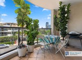 219/36 Macdonald Street, Kangaroo Point, Qld 4169