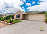 4 Betty Maloney Crescent, Banks, ACT 2906