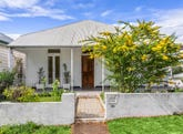 83 Windsor Road, Red Hill, Qld 4059