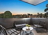 15/2 Blamey Place, Campbell, ACT 2612