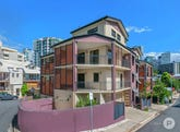 29 Terrace Street, Spring Hill, Qld 4000