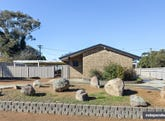 8 Weathers Street, Gowrie, ACT 2904