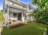 5/8 Oasis Close, Manly West, Qld 4179