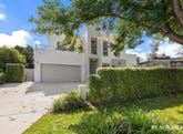 32 Feakes Place, Campbell, ACT 2612