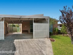 141 Third Avenue, Rosebud, Vic 3939
