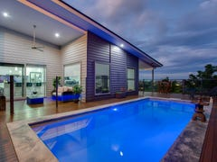 12 Therese Mary Avenue, Carrara, Qld 4211