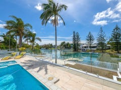 106 Edinburgh Road, Benowa Waters, Qld 4217