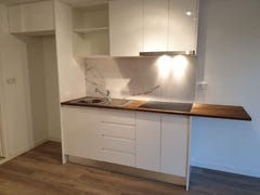 Carrara, address available on request