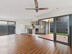 22 Chase Crescent, North Lakes, Qld 4509