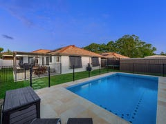 35 Ross Place, Wakerley, Qld 4154