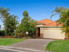 86 Armstrong Way, Highland Park, Qld 4211