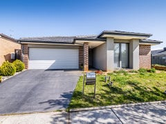 14 San Fratello Street, Clyde North, Vic 3978