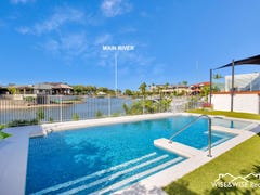 69 Campbell St, Sorrento, Qld 4217