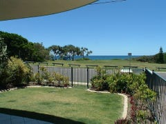 Unit 2 /15 Andrew Street, Point Arkwright, Qld 4573