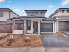 3 Moroak Crescent, Clyde North, Vic 3978
