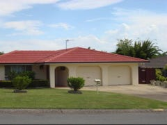 4 Whitehead Drive, Burleigh Waters, Qld 4220
