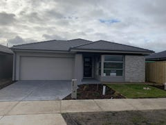 5 Panther Cl, Clyde North, Vic 3978
