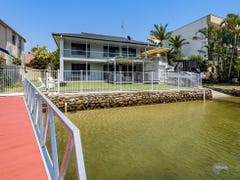 21 Madang Crescent, Runaway Bay, Qld 4216