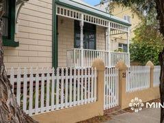 25 Thompson Road, North Fremantle, WA 6159