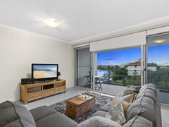307/33 Madang Crescent, Runaway Bay, Qld 4216