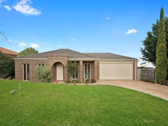15 Portchester Boulevard, Beaconsfield, Vic 3807
