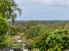 15 Surrey Court, Helensvale, Qld 4212