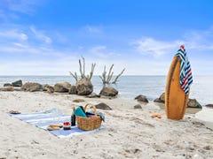 28 Bayside Dve, Beachmere, Qld 4510
