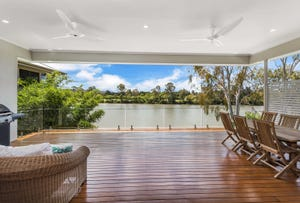135 King Arthur Terrace, Tennyson, Qld 4105