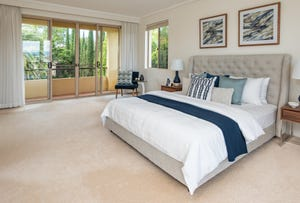 3 Istana View, Clear Island Waters, Qld 4226