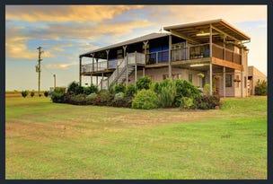 388 Booyan Rd, Moore Park Beach, Qld 4670