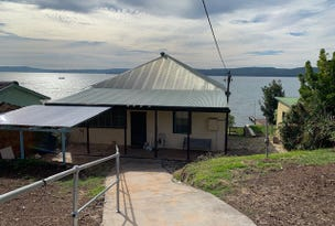 62 Skye Point Road, Coal Point, NSW 2283