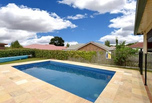 5 Carnation Court, Middle Ridge, Qld 4350