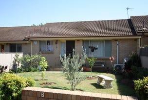 2/3 Henschke Avenue, Tolland, NSW 2650