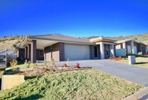 13 Scarborough Close, Tamworth, NSW 2340