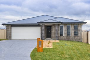 6 CROKE CLOSE, Bathurst, NSW 2795