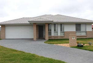 16 Angus Place, Bungendore, NSW 2621