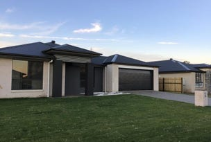 55 Imperial Circuit, Eli Waters, Qld 4655