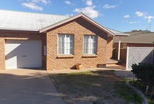 2/17 Charles Coxen Close, Tamworth, NSW 2340