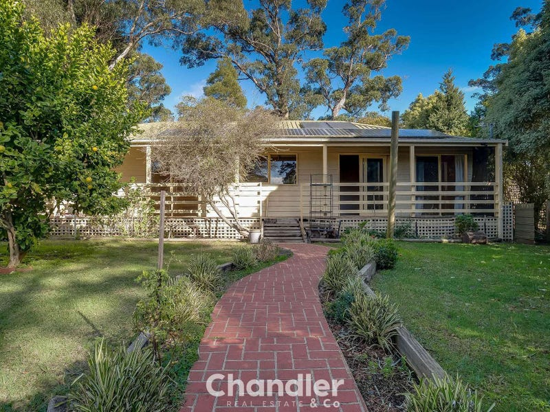 37 School Road, Menzies Creek, Vic 3159