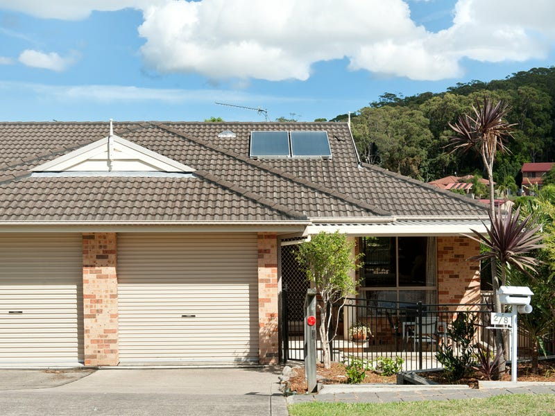 2/8 Charthouse Avenue, Corlette, NSW 2315