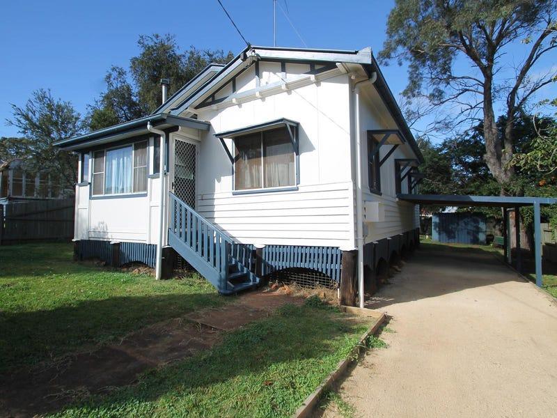 10 Mansford Street, North Toowoomba, Qld 4350
