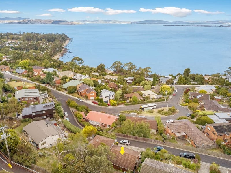 1/4 Tower Court, Taroona, Tas 7053