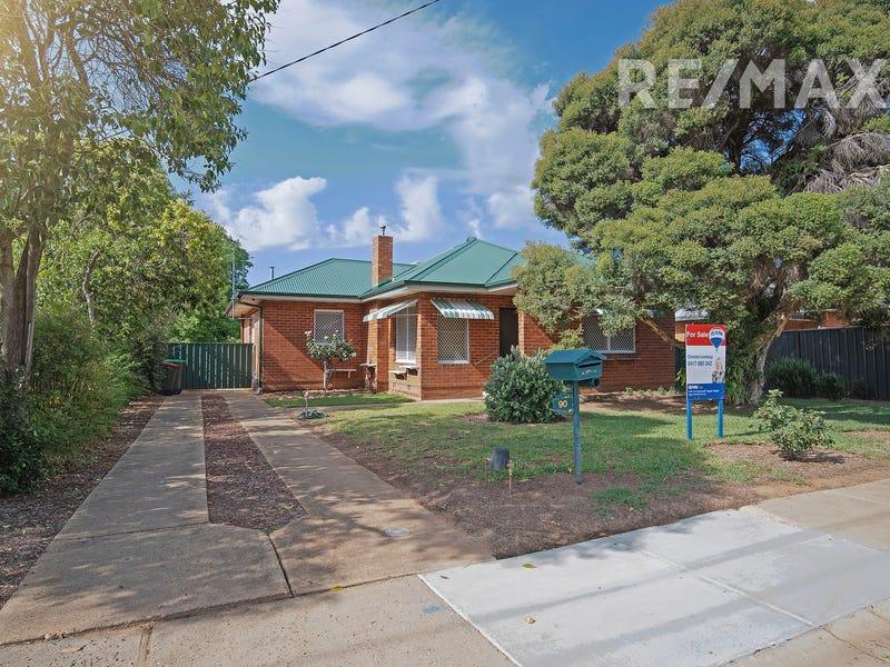 90 Fernleigh Road, Mount Austin, NSW 2650