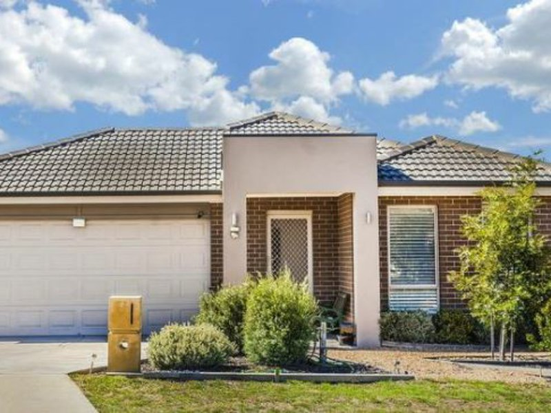 8 Lomandra Avenue, Wallan, Vic 3756