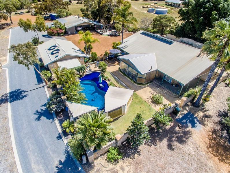 6 Ridgehaven Court, Moresby, WA 6530