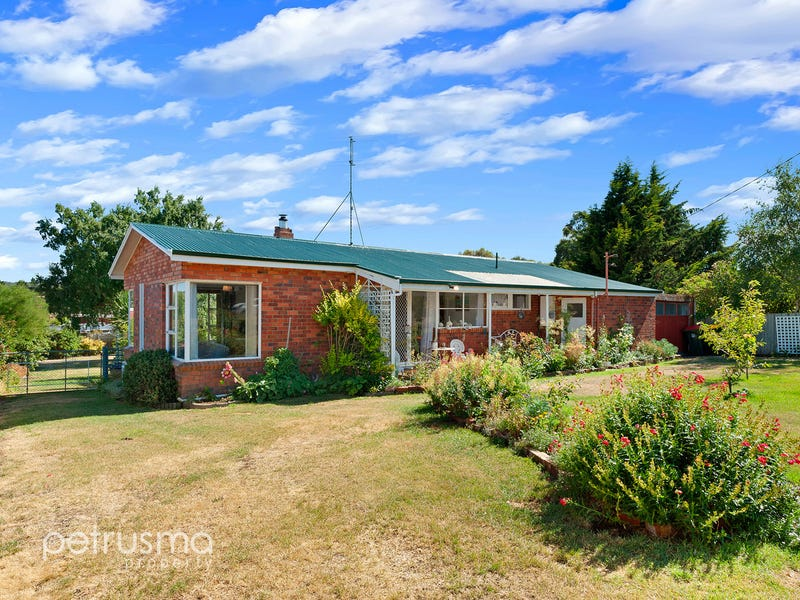 2 South Parade, Oatlands, Tas 7120